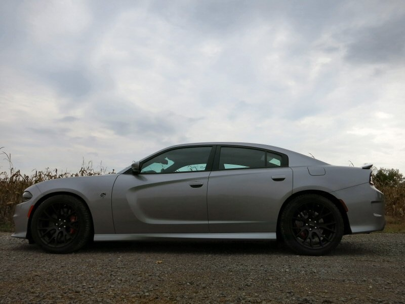 2015 dodge charger srt hellcat full size sedan review. Black Bedroom Furniture Sets. Home Design Ideas