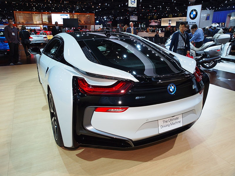 10 things you need to know about the 2015 bmw i8. Black Bedroom Furniture Sets. Home Design Ideas
