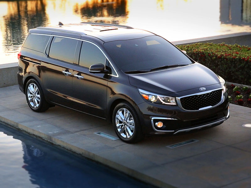 7 Best Minivans For The Money For 2015