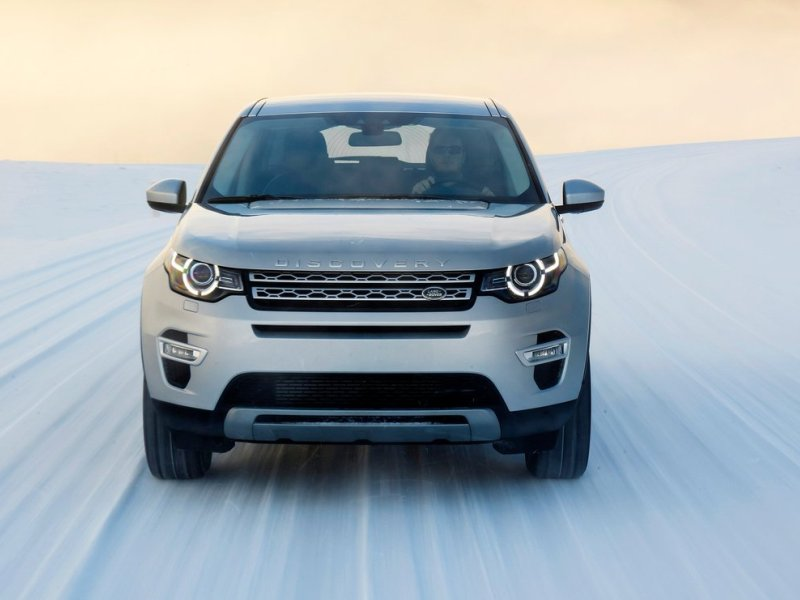 10 Things You Need To Know About The 2015 Land Rover Discovery Sport