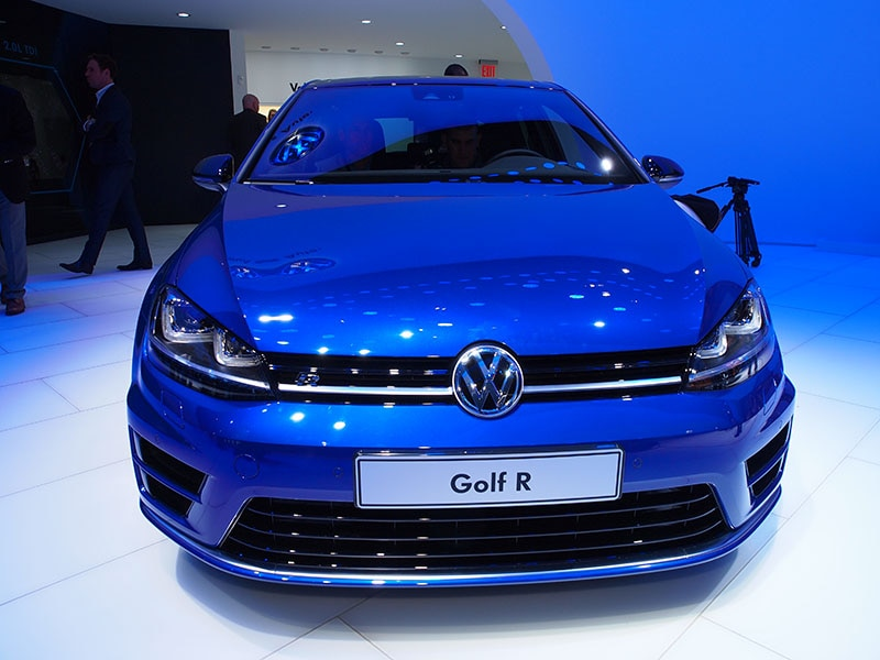Vw Details Pre Order Program For 2015 Volkswagen Golf R