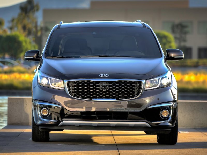 Quick Change to 2015 Kia Sedona Helps Secure Top Safety Pick Honor