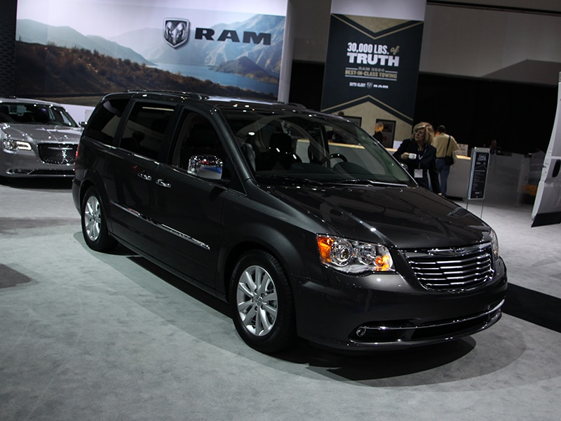 Must See Vans Amp Minivans Of The 2015 Detroit Auto Show