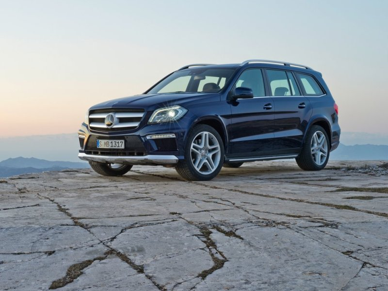 10 suvs with the most ground clearance for 2015 for Mercedes benz gl class luxury suv