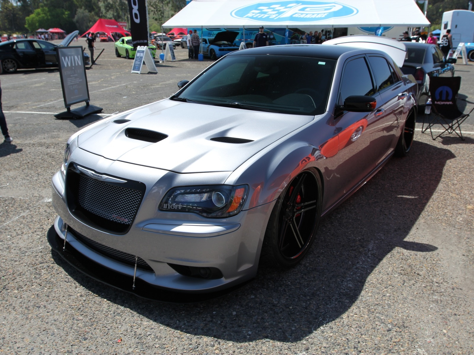 Chrysler 300 Hellcat | 2017 - 2018 Best Cars Reviews