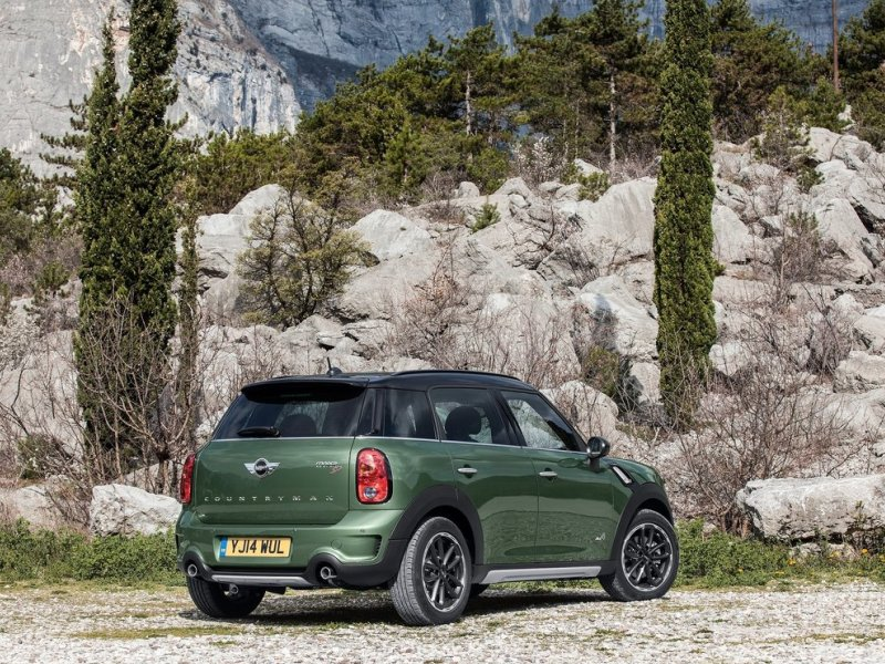 2015 mini countryman quick spin review. Black Bedroom Furniture Sets. Home Design Ideas
