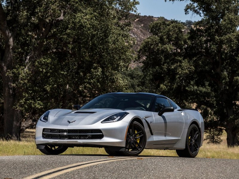 10 Things You Need To Know About The 2015 Chevrolet Corvette Stingray