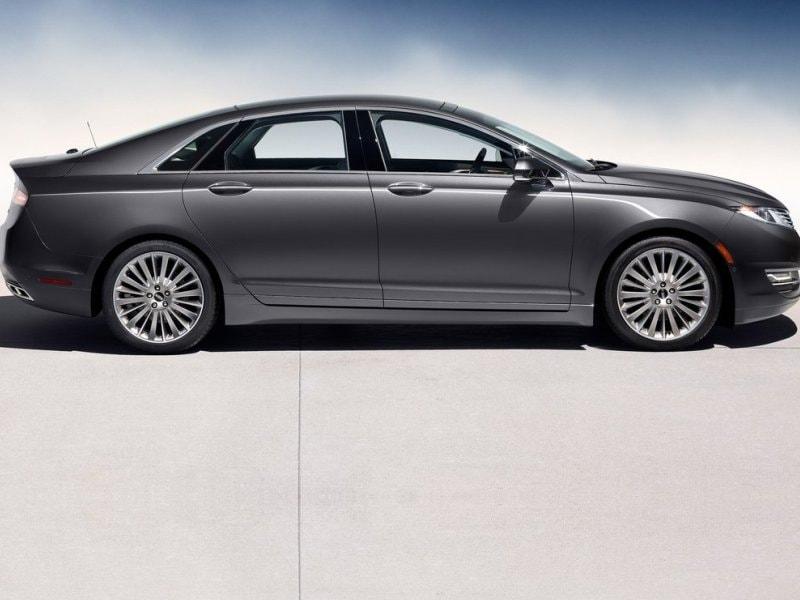 10 of the best luxury cars under 40 000. Black Bedroom Furniture Sets. Home Design Ideas