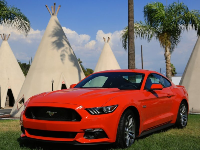 2016 Ford Mustang Road Test & Review