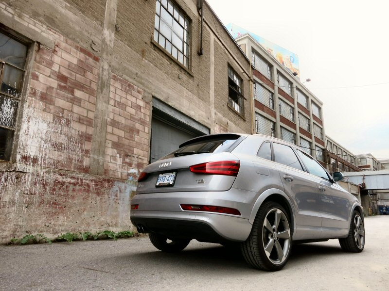 2015 Audi Q3 Road Test and Review