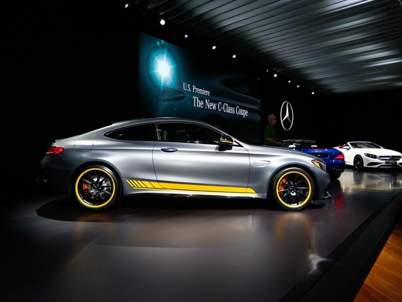 Fantastic 10 Best V8 Muscle Cars  Autobytelcom