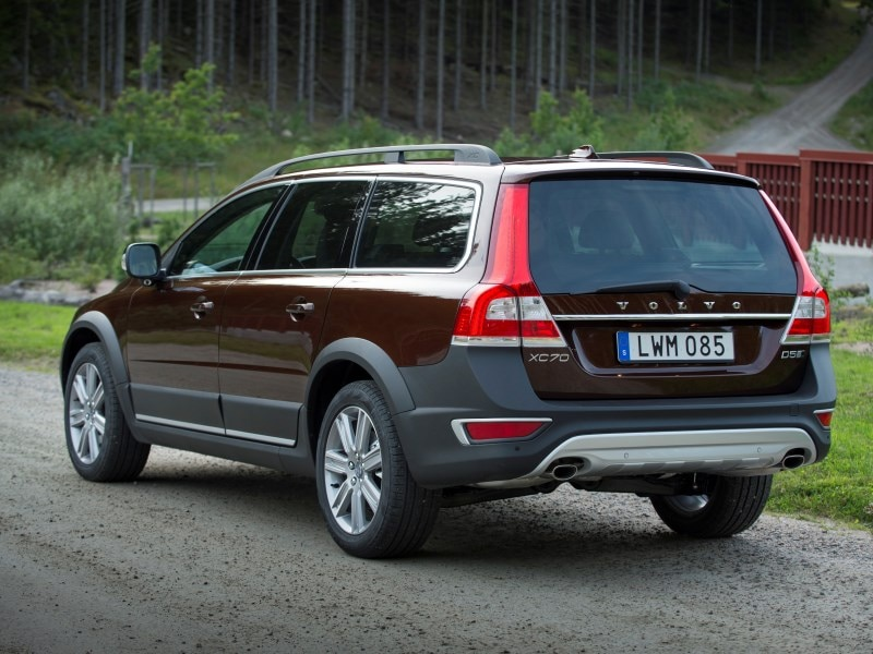 10 things you need to know about the 2016 volvo xc70. Black Bedroom Furniture Sets. Home Design Ideas