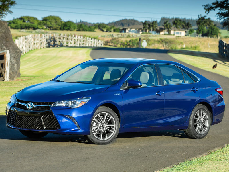 10 things you need to know about the 2016 toyota camry. Black Bedroom Furniture Sets. Home Design Ideas