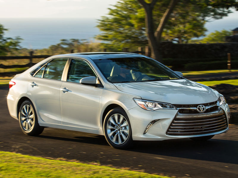 The Motoring World: USA - Toyota Camry takes top spot in Cars.com ...