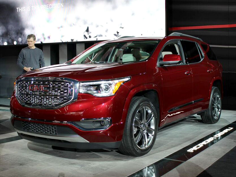 Must See Crossovers and SUVs at the 2016 Detroit Auto Show