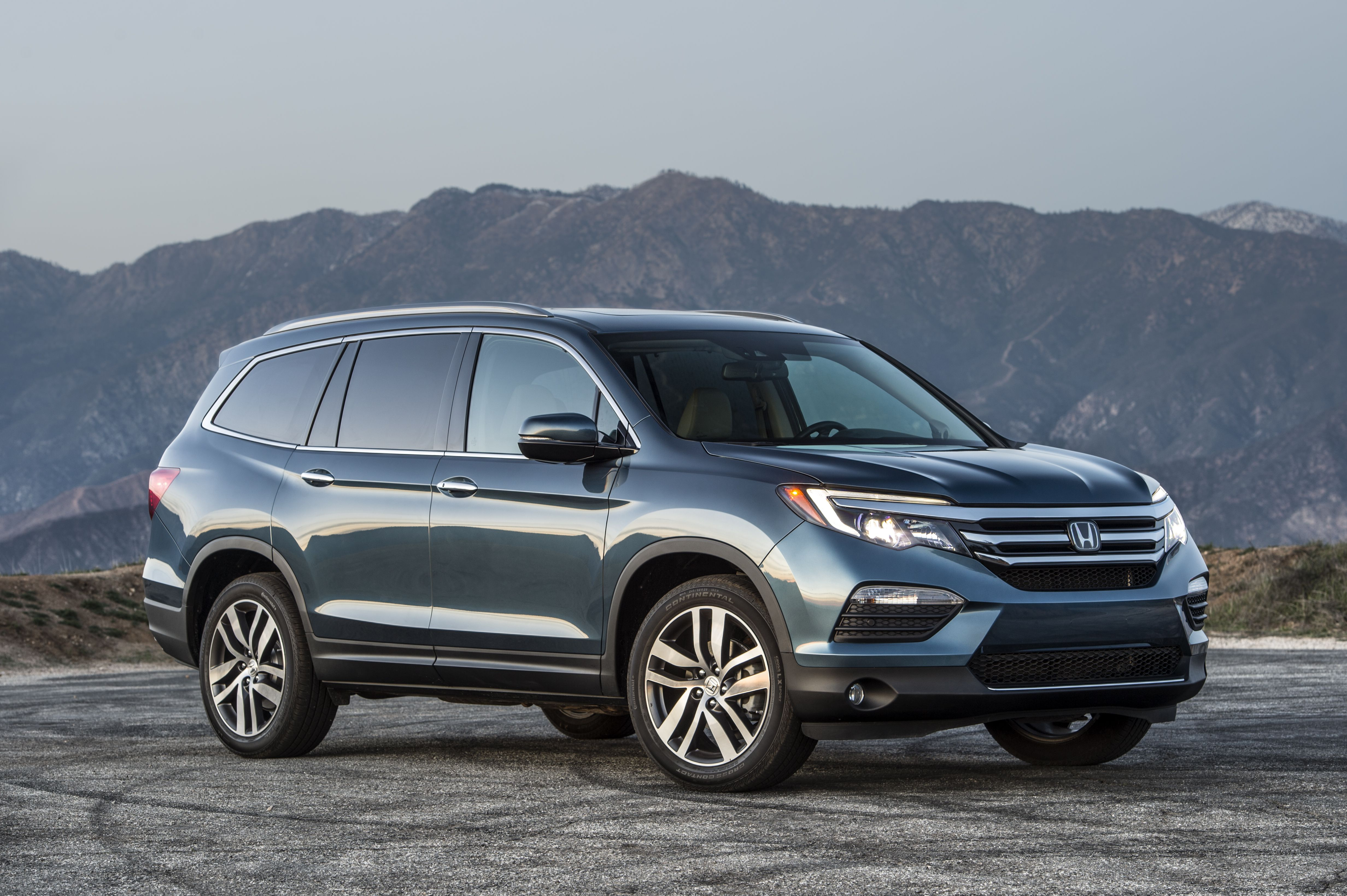 The 2016 Honda Pilot Is Unveiled During The Media Preview Pictures to ...