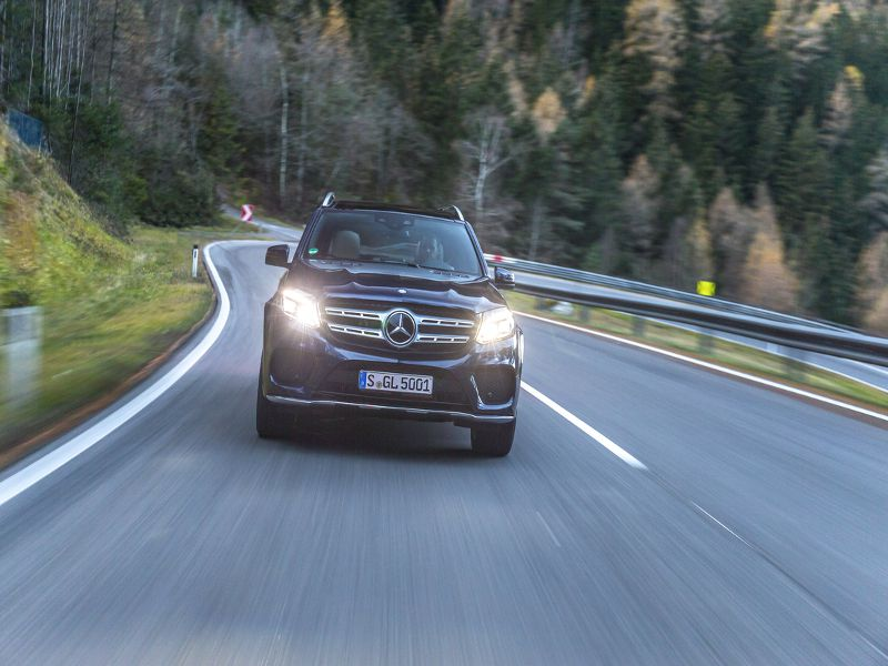 10 Best SUVs With Adaptive Cruise Control