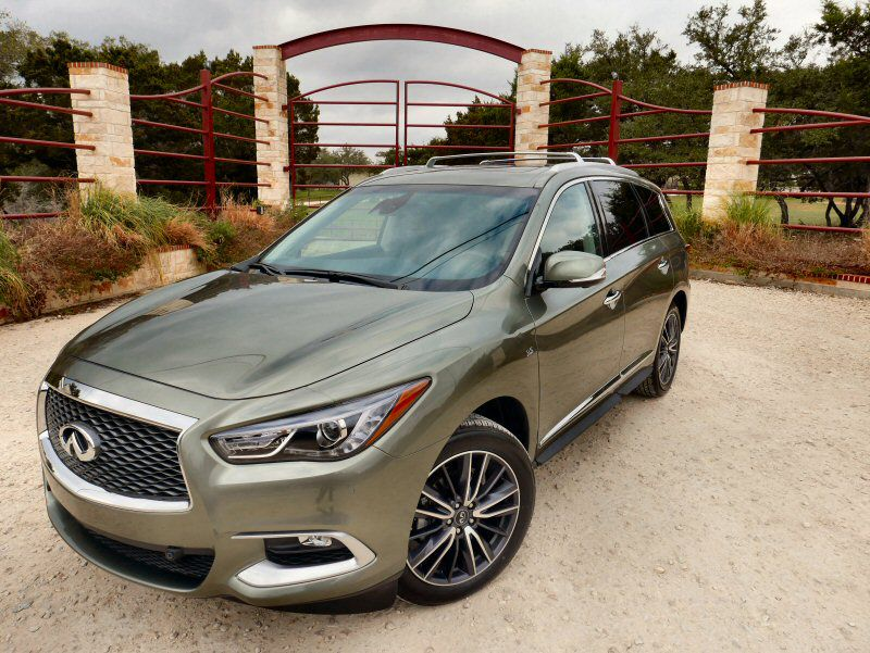 2016 Infiniti QX60 Road Test and Review