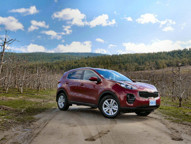 2017 kia sportage road test and review. Black Bedroom Furniture Sets. Home Design Ideas