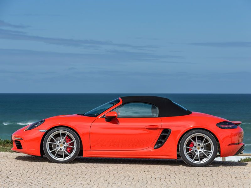 10 Reasons Why the 2017 Porsche 718 Boxster is Even Better than Last Year's Model
