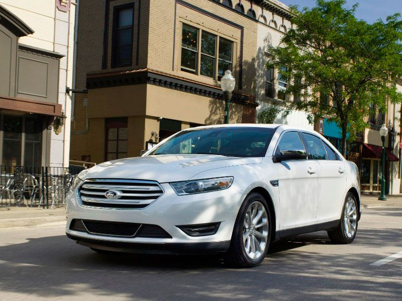 2016 Ford Taurus Road Test and Review