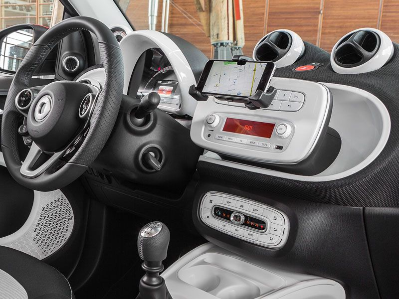 10 things you should know about the smart fortwo cabriolet. Black Bedroom Furniture Sets. Home Design Ideas