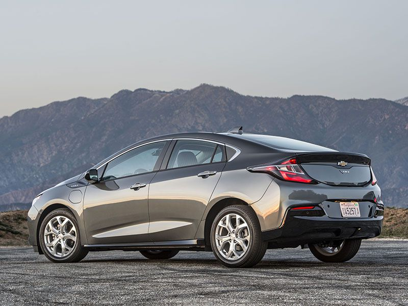 10 Cars that Get Around 50 MPG