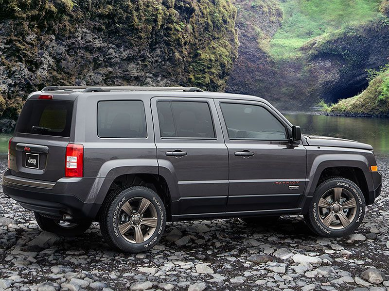 Jeep Patriot Off Road Images