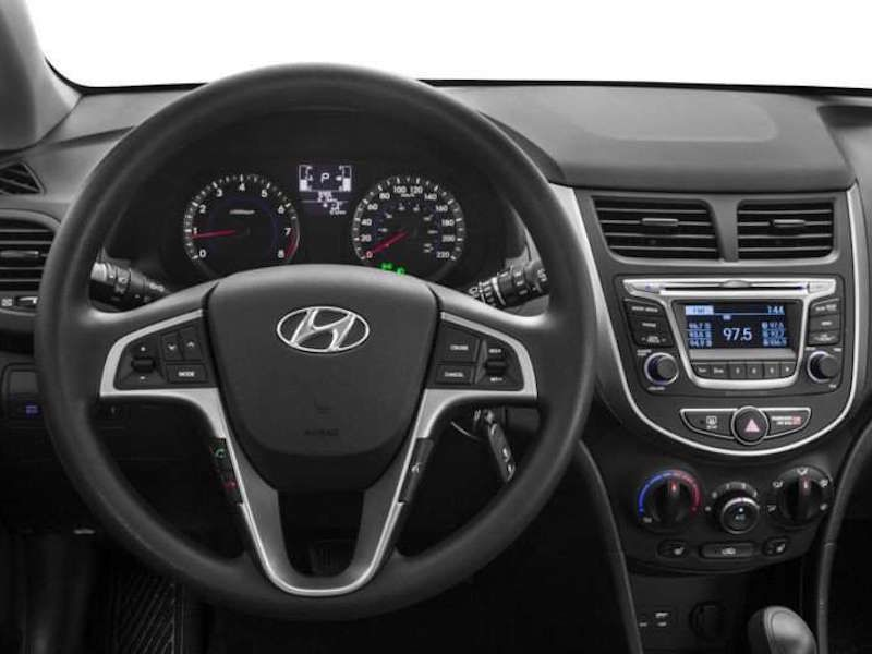 2016 hyundai accent road test and review. Black Bedroom Furniture Sets. Home Design Ideas