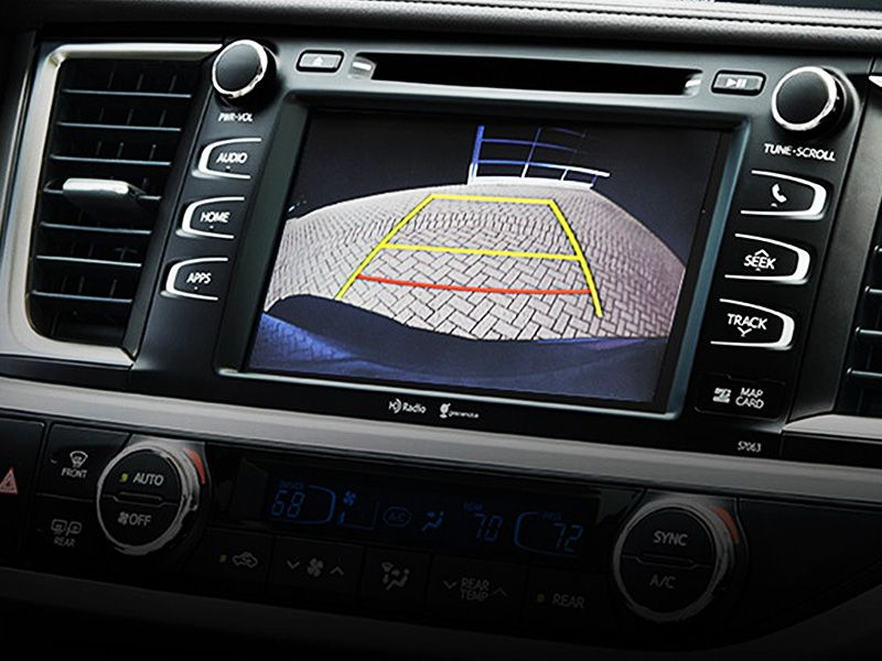 10 SUVs with Backup Cameras