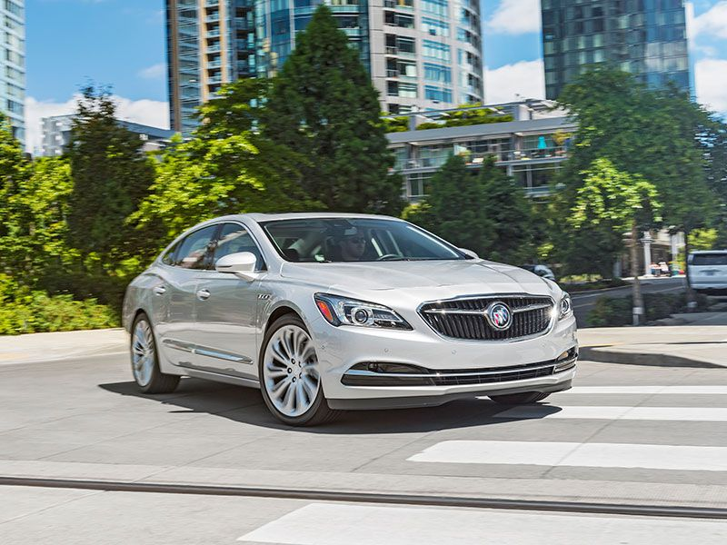 2017 Buick LaCrosse front angle