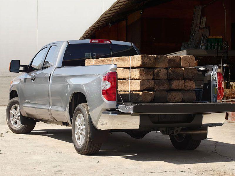 10 Trucks with Largest Payloads   Autobytel.com