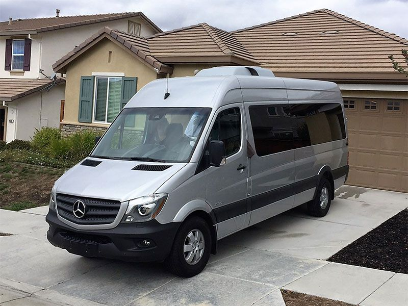 Pros and cons of the mercedes benz sprinter as a family for Mercedes benz sprinter luxury van price
