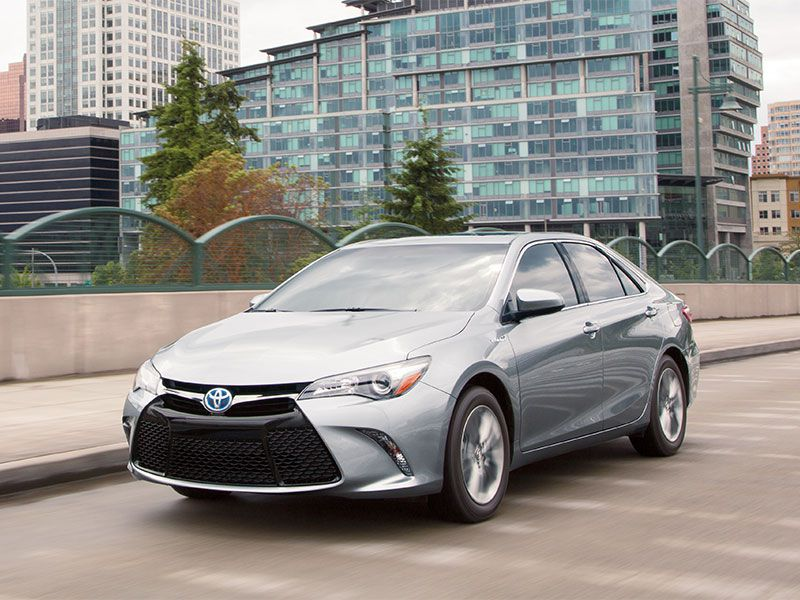 2017 toyota camry hybrid xle road test and review. Black Bedroom Furniture Sets. Home Design Ideas