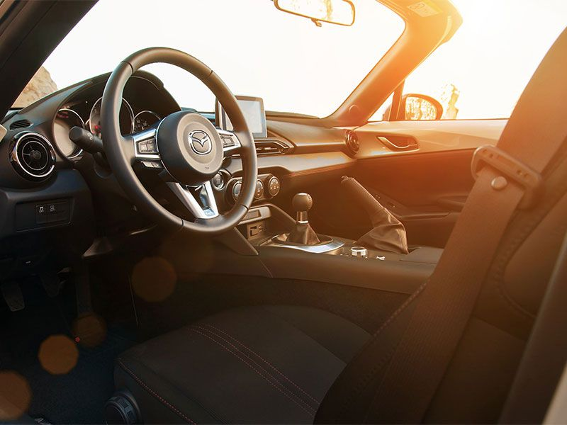 10 Top Sports Cars with Manual Transmissions