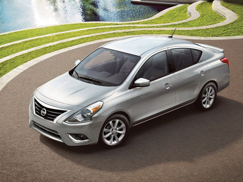 2017 nissan versa road test and review. Black Bedroom Furniture Sets. Home Design Ideas