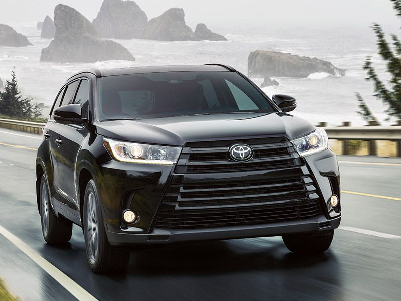 2017 toyota highlander road test and review. Black Bedroom Furniture Sets. Home Design Ideas