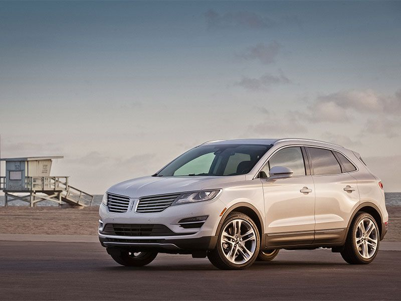 2017 Lincoln MKC Road Test and Review