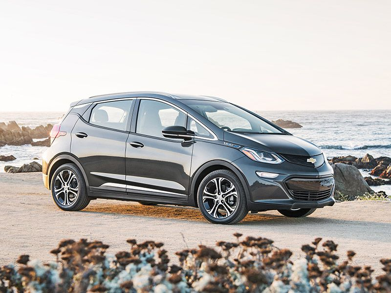 2017 Chevrolet Bolt Road Test and Review