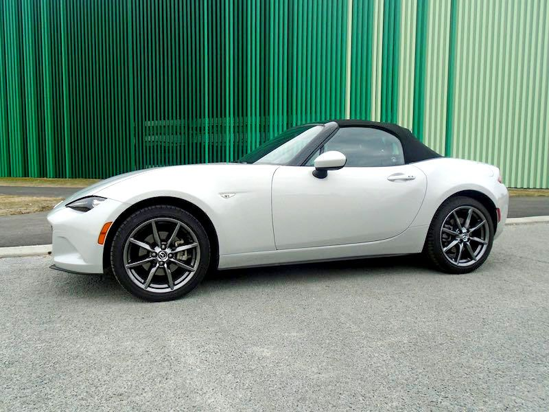 2017 Mazda MX 5 Miata Grand Touring drivers side