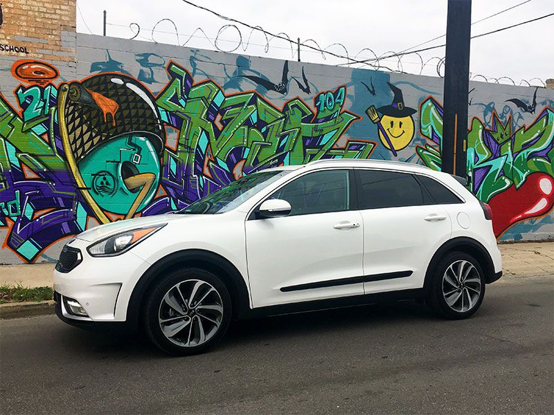 10 Things You Need to Know About the All-New 2017 Kia Niro Hybrid Crossover