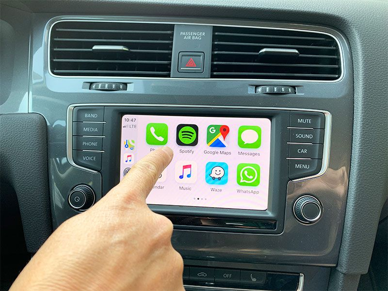 2019 Apple CarPlay update main screen light mode
