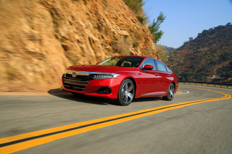 2021 Honda Accord Hybrid Road Test and Review