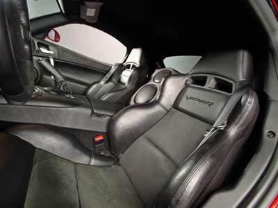 2008 Dodge Viper SRT10 Seats