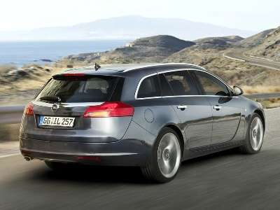 2010 Vauxhall Insignia Sports Tourer Rear