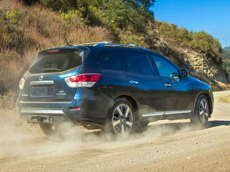 2014 Nissan Pathfinder Hybrid: Crossover Goes Green at $35,110