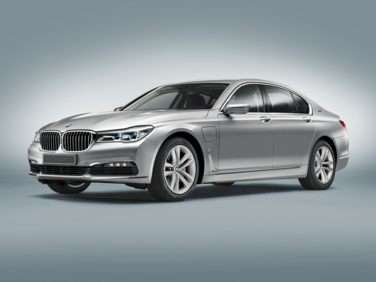 Research the 2018 BMW 740e