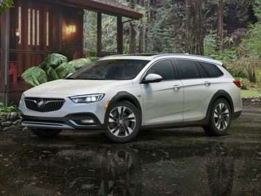 Research the 2018 Buick Regal TourX