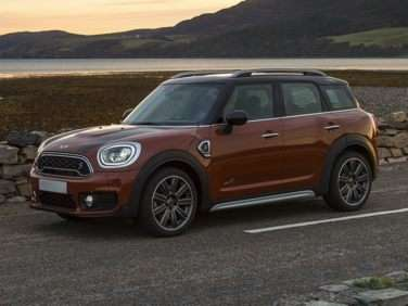 Research the 2018 MINI Countryman