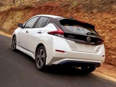 Research the 2018 Nissan LEAF